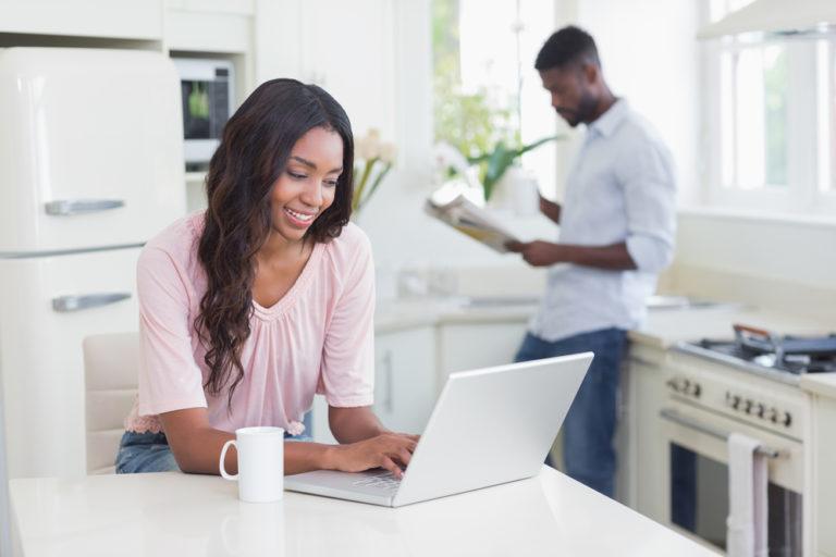 Demander un prêt personnel pour rembourser ses dettes